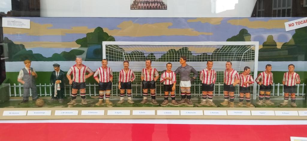 Alineacion del Athletic en figuras de ceramica